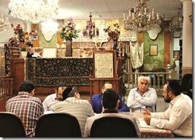 Judíos iraníes en la sinagoga de Palestina Stret ,estudiando y en sociales